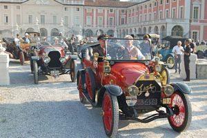 Gara di auto d'epoca Torino - Asti - Torino