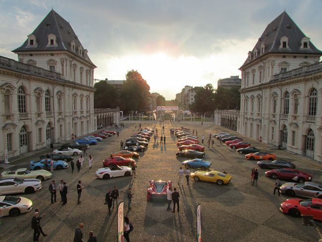 Cars & Coffee al Salone Parco del Valentino 2017