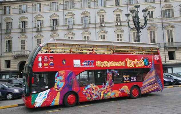 Bus turistico a Torino